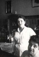 Zdjęcia z archiwum Muzeum Regionalnego im. Seweryna Udzieli w Starym Sączu. Przedstawiają one Adę Sari jej rodzinę i życie.